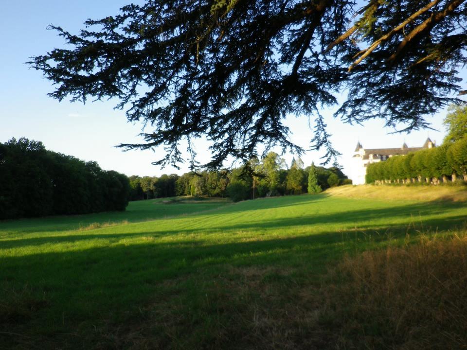 Prairies du château  pour Poursuite a Vue